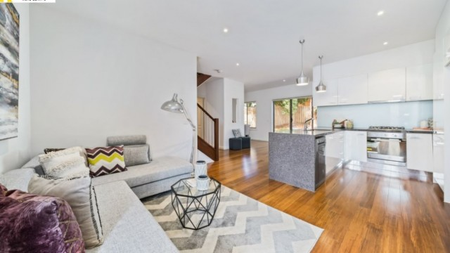 Townhouse, Donvale Vic 3111